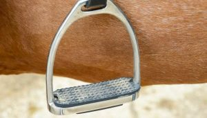 Best Stirrups for Knee Pain