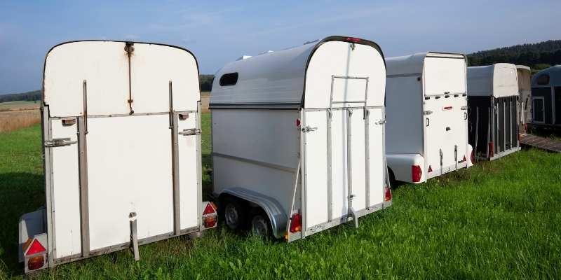 horse trailer rent